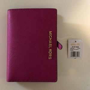 Michael Kors Jet Set Card Case Bifold Wallet